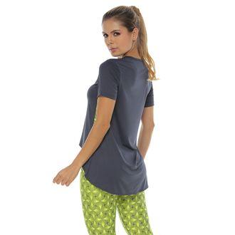 Camiseta-Deportiva-Cuello-V-color-verde-para-mujer