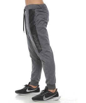 Pantalon-Jogger-largo-color-negro-cross-para-hombre