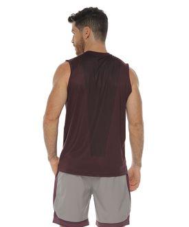 Camiseta-Esqueleto-Deportiva-color-berenjena-para-hombre